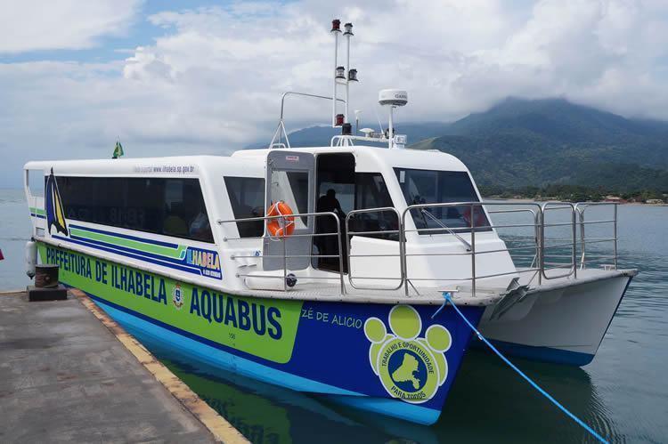 """A previsão é que a operação do novo sistema de transporte seja iniciada em junho, já com os três """"Aquabus"""". (Foto: Ronald Kraag/PMI)"""