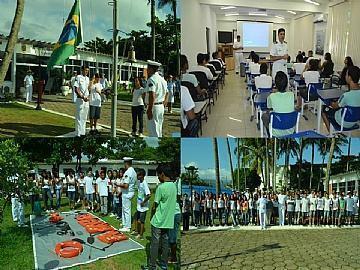 Estudantes aprendem sobre funcionamento da Delegacia da Capitania dos Portos. (Foto: Beatriz Rego/PMSS)