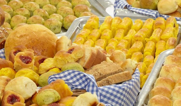 O curso tem duração de três meses e os alunos irão aprender a produzir pães caseiros, bolos, roscas e haverá receitas sobre alimentação saudável. (Foto: Divulgação www.fundosocial.sp.gov.br)