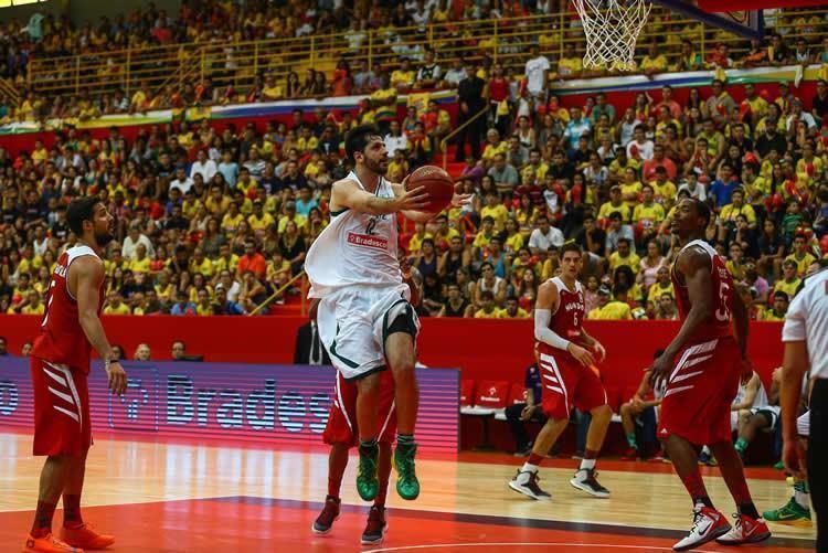 NBB Brasil, de Giovannoni, abriu 4 a 1 sobre o NBB Mundo na história do JDE. (Foto: Fotojump/LNB)
