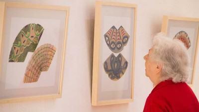 """""""A Condição Poética"""" terá dois trabalhos realizados pela artista: Mandalas (em banners e projeções) e 15 composições criadas com coadores de café usados. (Foto: Paulo Amaral/PMSJC)"""