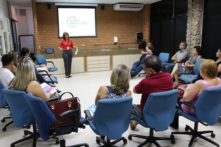 A programação é gratuita, voltada para todas as idades e ocorre em espaços públicos, realizada pelo Sesc São Paulo em parceria com as prefeituras e sindicatos do comércio locais. (Foto: divulgação/PMP)