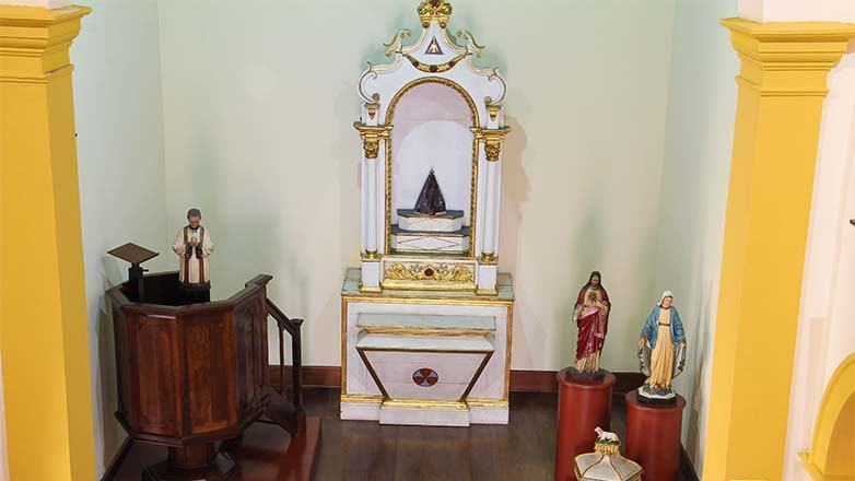 """""""Arte Santeira"""" será a primeira exposição temporária, com presépios e imagens de santos criados pelo artista Magela Borbagatto. (Foto: Divulgação/PMSJC)"""