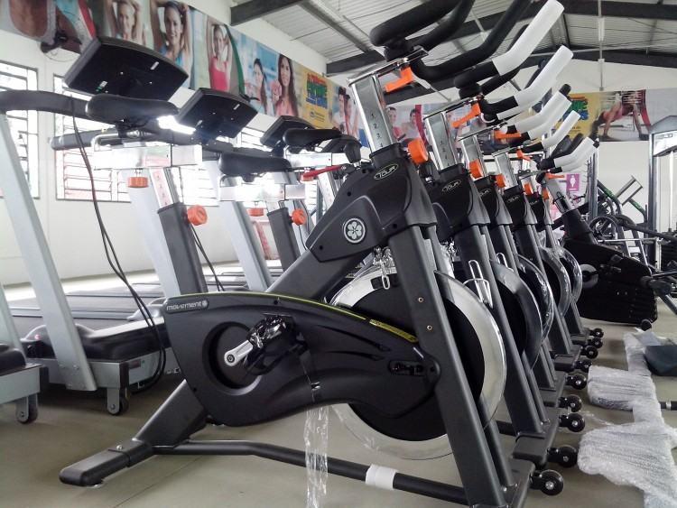 """Novos equipamentos foram adquiridos para a sala de musculação do Centro Esportivo """"João do Pulo"""". (Foto: Marcos Cuba/PMP)"""