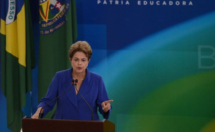 Presidenta Dilma Rousseff durante cerimônia de lançamento do Pacote Anticorrupção. (Foto: José Cruz/Agência Brasil)