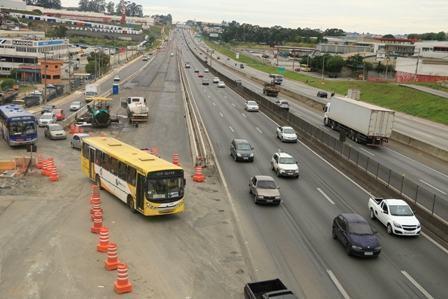 A partir desta quarta-feira (25), será necessário o fechamento do acesso provisório da avenida Carmela Dutra e da rua Indubel para a pista expressa da rodovia. (Foto: Comunicação Social CCR NovaDutra)