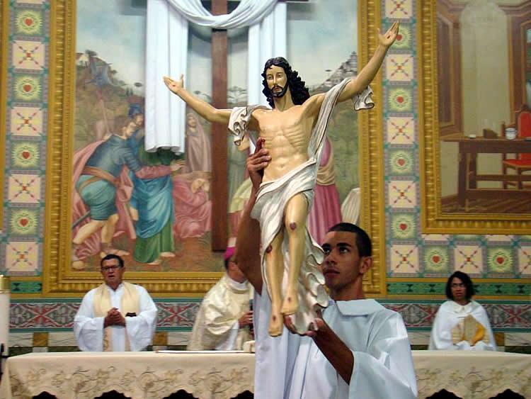 Semana Santa e do Tríduo Pascal no Santuário Arquidiocesano de Santo Antônio de Sant'Anna Galvão. (Foto: divulgação)