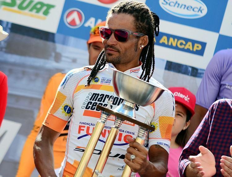 Flávio Santos foi o terceiro colocado na geral. (Foto: Luis Claudio Antunes/Bike76)