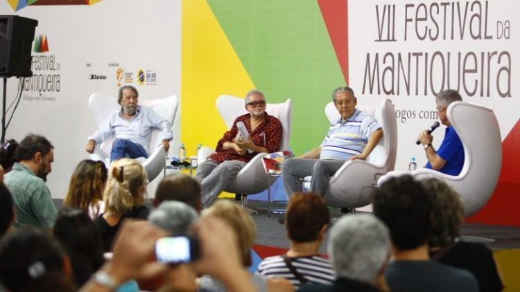 O evento será realizado na tenda literária, coreto, biblioteca solidária e na sala de palestras, todos na Praça Cônego Antonio Manzi. (Foto: Antônio Basílio/PMSJC)