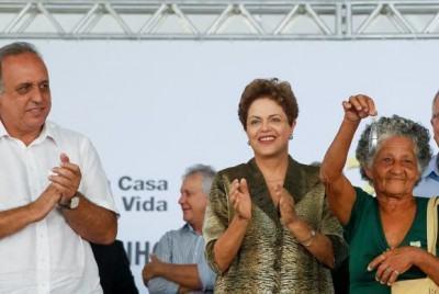 Presidenta Dilma Rousseff, durante entrega de chaves do Programa Minha Casa, Minha Vida em Duque de Caxias. (Foto: Roberto Stuckert Filho/PR)