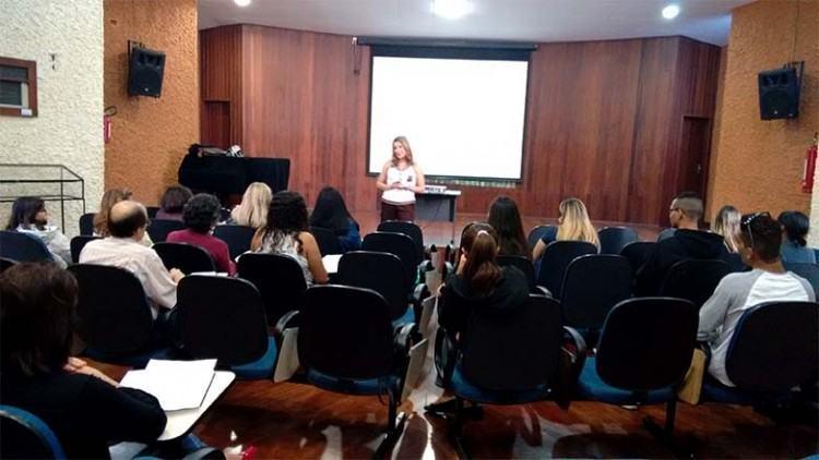 Ao todo, esse ciclo reuniu aproximadamente 450 pessoas nas seis palestras, oferecidas gratuitamente. (Foto: Divulgação/PMSJC)