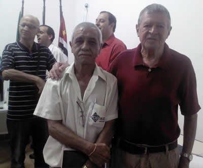 Presidente Aércio Muassab ao lado do tesoureiro Chico de Paula. (Foto: Divulgação/PortalR3)