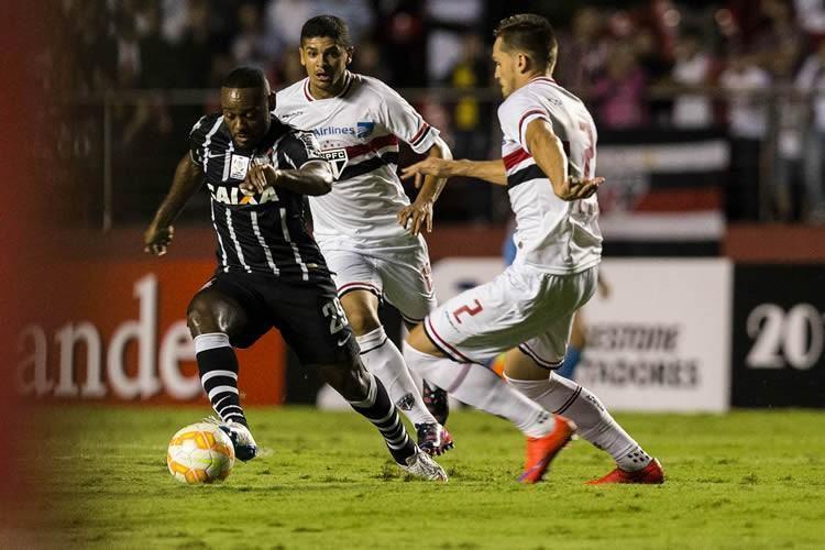 Lance da partida em que o São Paulo venceu o Corinthians por 2 a 0 no Morumbi. (Foto: Daniel Augusto Jr./ Ag. Corinthians)