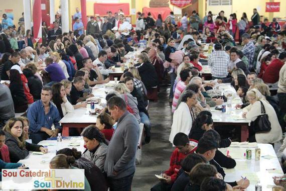 Praça de alimentação oferece opções diversas aos visitantes. (Foto: divulgação)