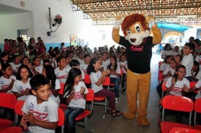 O Proerd foi implantado nas escolas municipais em 1999 e formou cerca de 35 mil alunos. (Foto: Luis Gava/PMI)