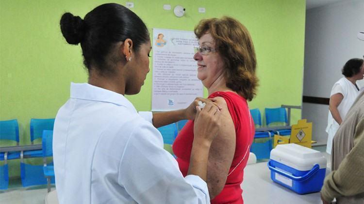 A expectativa é que sejam imunizadas 203.024 pessoas até o dia 22 de maio, data de encerramento. A meta é 80% do público-alvo. (Foto: Charles de Moura/PMSJC)