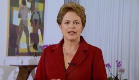 A presidenta Dilma Rousseff usa as redes sociais para fazer pronunciamento no Dia do Trabalho (Reprodução de vídeo da Presidência da República)