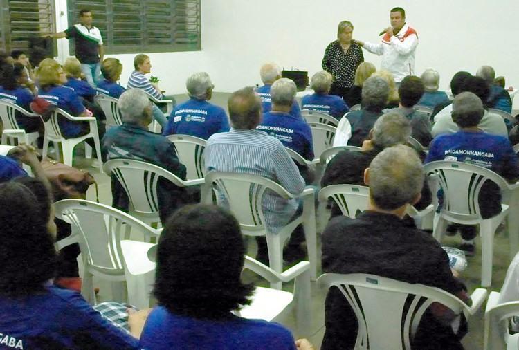 Reunião decidiu a não ida da delegação da equipe de Pinda à Caraguatatuba. (Foto: Divulgação/PMP)