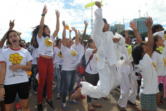 """A campanha """"18 de Maio - Dia Nacional de Combate ao Abuso e à Exploração Sexual de Crianças e Adolescentes"""" é lançada oficialmente em Brasília. (Foto: Elza Fiuza/Agência Brasil)"""