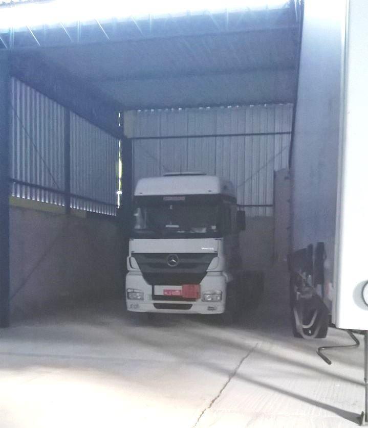 Caminhão localizado em Pinda, era produto de roubo na cidade de Caçapava. (Foto: Divulgação/SIG)