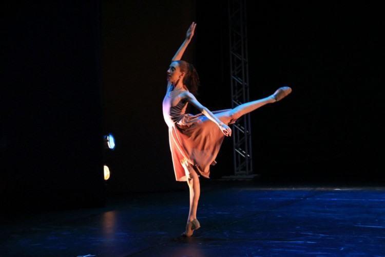A bailarina foi aprovada em uma audição que aconteceu na cidade de São Paulo e representará Pindamonhangaba na famosa companhia de dança. (Foto: Divulgação)