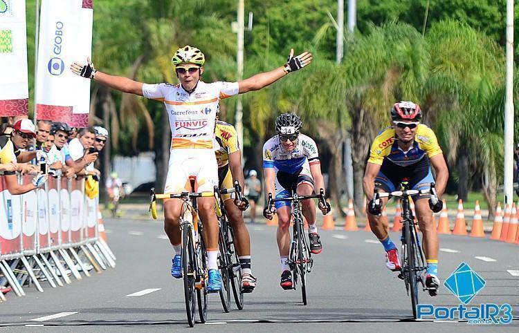 Na Elite, Murilo Affonso ficou com a vitória, seguido por Verinaldo Vandeira. (Foto: Luis Claudio Antunes/Bike76)