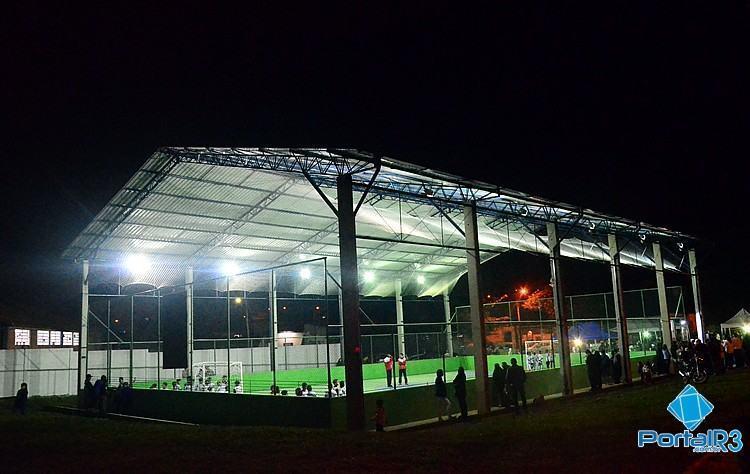 Quadra poliesportiva do Triângulo agora está coberta. (Foto: Luis Claudio Antunes/PortalR3)