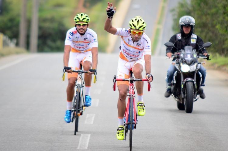 Ciclismo de São José conquista 5 medalhas na Critério por ...