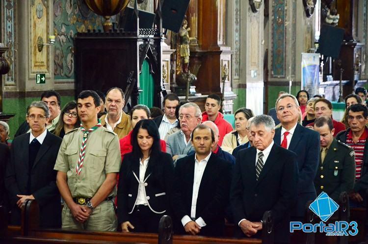 Missa de ação de graças na igreja Matriz. (Foto: Luis Claudio Antunes/PortalR3)