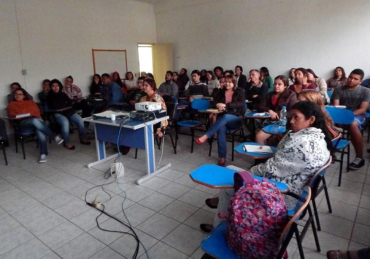 Novos concursados recebem orientações sobre diferentes programas. (Foto: Divulgação/PMP)