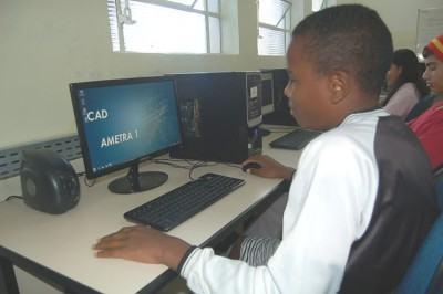 A Ametra atende estudantes de escolas públicas e particulares e para esses cursos a idade permitida é de 14 a 17 anos. (Foto: Arquivo/PMT)