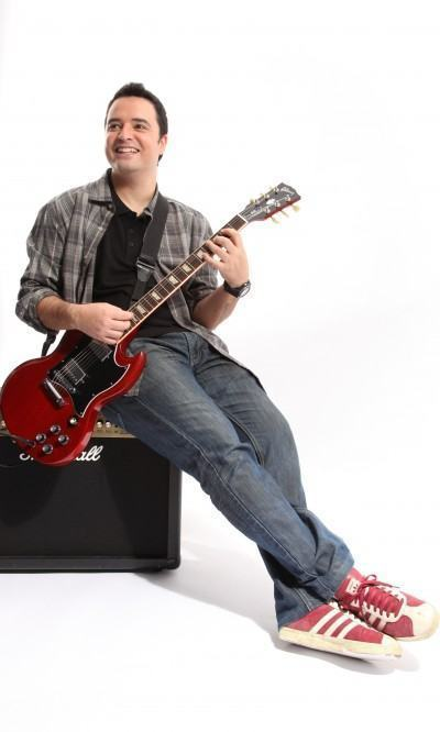 Apaixonado pelo violão desde os 11 anos de idade, Du Gerrero tem pós-graduação em Guitarra pela IG&T (Instituto de Guitarra & Tecnologia), em São Paulo. (Foto: Divulgação/PMT