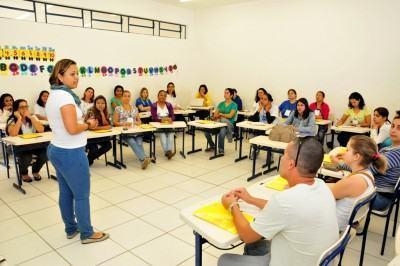 Durante os três dias, os profissionais farão uma intensa reflexão sobre o conhecimento e as práticas voltadas ao atendimento à primeira infância. (Foto: Luis Gava/PMC)