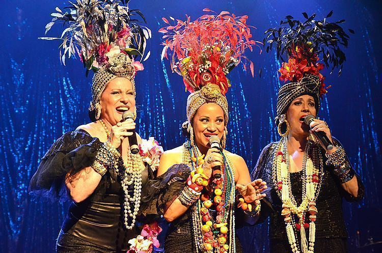 Lucinha, Virgínia e Célia durante show em Pindamonhangaba. (Foto: Luis Claudio Antunes/PortalR3