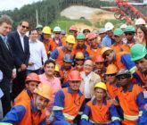 Geraldo Alckmin visita obras de duplicação da Serra da Tamoios
