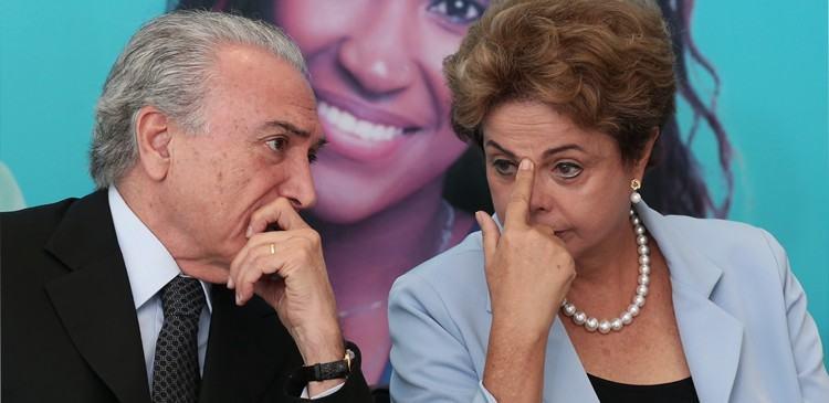Com a abertura do processo no Senado, Dilma Rousseff é afastada do exercício do cargo por até 180 dias.  Temer assume. (Foto: Lula Marques/ Agência PT - 11/08/2015)