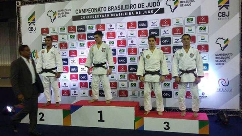 Judocas de São José conquistam medalhas no Brasileiro