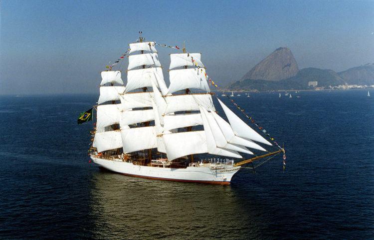 O Cisne Branco é um navio-veleiro da Marinha do Brasil. (Foto: Divulgação/PMU)