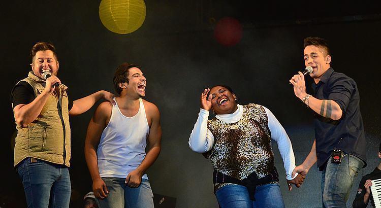 VÍDEO: Hugo e Tiago animam a 1ª noite no Parque da Cidade em Pinda