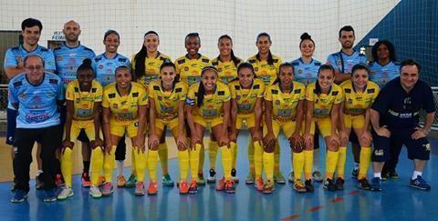 Futsal Feminino de São José na final dos Jogos Regionais em Caraguá
