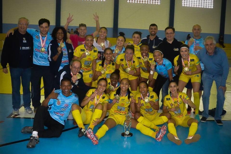 Futsal feminino de São José é bi dos Jogos Regionais em Caraguá