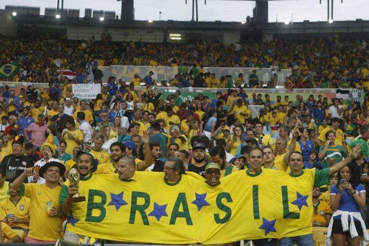 Torcida brasileira empurrou o time durante todo o jogo. (Foto: Fernando Frazão/ Agência Brasil)