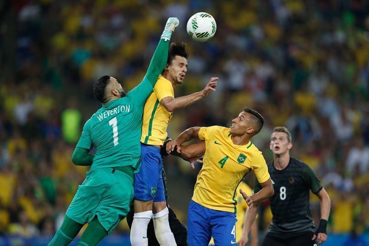 O goleiro Weverton foi um dos destaques do Brasil. (Fernando Frazão/Agência Brasil)