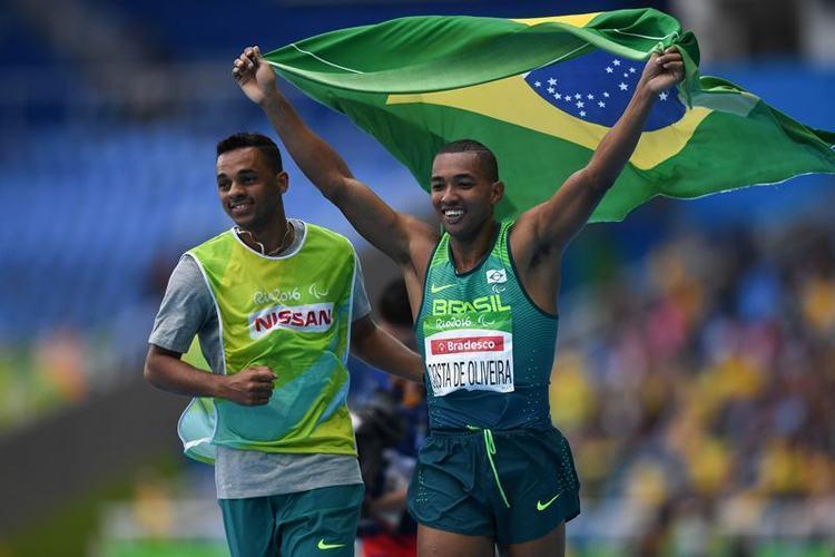 Ricardo Costa Oliveira conquista a medalha de ouro no salto a distância T11. Primeira medalha de ouro do Brasil nas Paralimpíadas Rio 2016 (Foto: Tânia Rêgo/Agência Brasil)