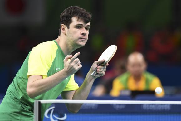 """""""Se  ganhar  medalha  de  ouro  em  Tóquio,  não  vai  ter  o  mesmo  gosto"""",  diz  Israel  Stroh,  que  conquistou hoje  a  medalha  de  prata,  a  primeira  individual  do  Brasil  em  tênis  de  mesa. (Foto: Tânia  Rêgo/Agência  Brasil)"""