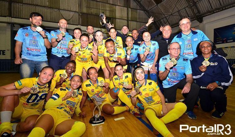 VÍDEO: futsal feminino de São José é tetracampeão dos Jogos Abertos