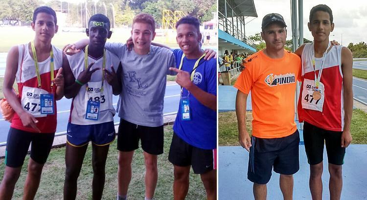 À esquerda, o quarteto do revezamento de SP e, à direita, Fabrício com o técnico Luiz Gustavo. (Foto: Divulgação)
