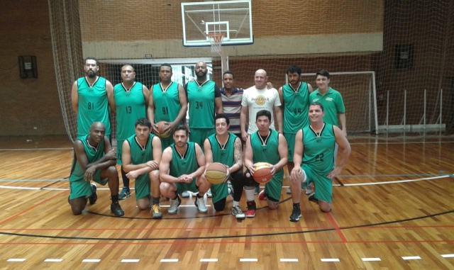 Pinda disputa final do torneio de basquete 30+ em Taubaté