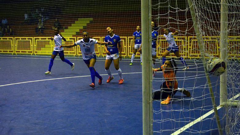 Futsal de São José está a um empate do tetra Paulista Feminino