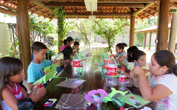 Núcleo de Educação Ambiental da Fibria realiza oficina de dobradura